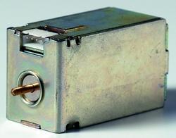 ABB Tmax/Emax Реле включения SCR T7M-X1 415...440Va.c. арт. 1SDA062083R1