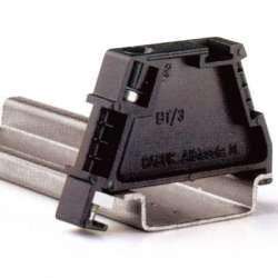 DKC BT/3 Упор торцевой арт. ZBT003