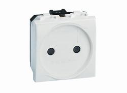 DKC Brava Белая Розетка электрическая без/з со шторками RAL9010 2 мод арт. 76483B
