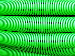 DKC Труба двустенная дренажная гибкая, без фильтра,(в компл. с соед. муфтой), внеш.D=200 мм (35m) арт. 140920