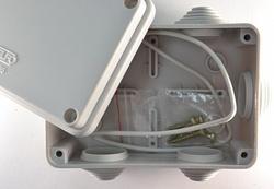 Elfo Коробка распределительная 120х80х50 IP 55 6 конических сальников арт. Elfo 090-00