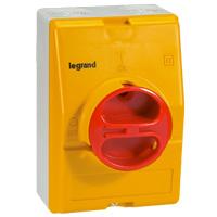 Legrand Пустая коробка IP 65 жёлто-красная 3П или 4П с Н.О. и Н.З. контактами или без них 25 и 32 А арт. 022242