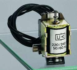 Legrand Расцепитель минимального напряжения с задержкой модуль задержки 230В арт. 026190