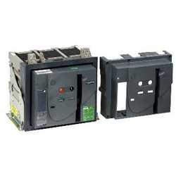 SE EasyPact MVS Автоматический выключатель 1000A 3P 50кА эл.расцепитель ET6G стационарный с электроприводом арт. MVS10N3NF6L