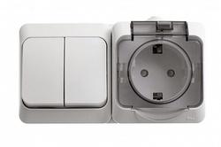 SE Этюд наруж Бел Блок: Розетка с/з со шторками + выключатель 2-клавишный IP44 арт. BPA16-242B